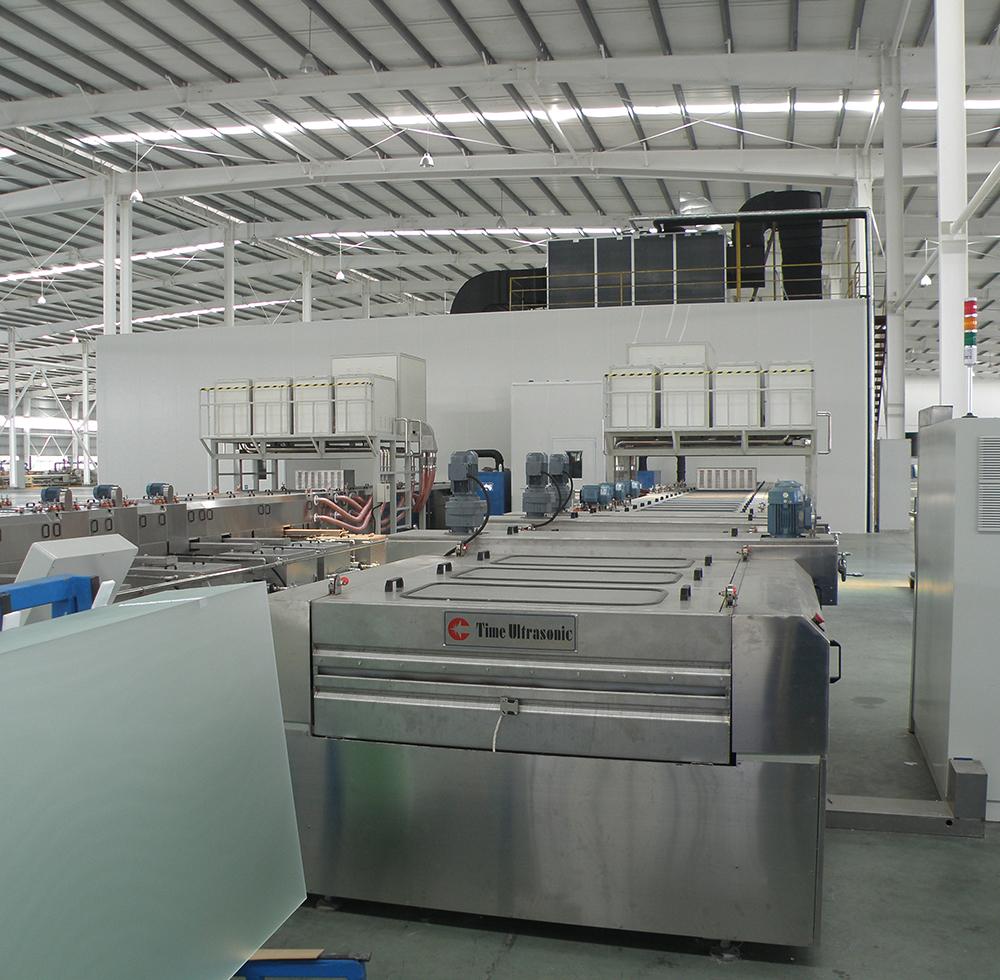 TCO太阳能玻璃清洗机